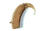 Picture of a behind-the-ear hearing aid